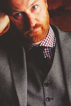 League Of Gentlemen, Mycroft Holmes, Mark Gatiss, British Actors, Sherlock Bbc, My Crush, Best Actor, Benedict Cumberbatch, Good People