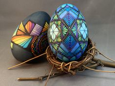 Sanded goose eggs - stained-glass effect , dyed with Egg Shell Art, Arts And Crafts, Diy Crafts, Egg Art, Egg Shells, Sugar Art, Easter Crafts, Painted Rocks, Easter Eggs