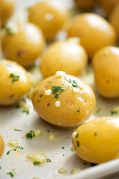 Parmesan Garlic Smashed Potatoes - an easy side dish or the perfect snack for football season! #smashedpotatoes #garlicsmashedpotatoes #potatoskins   Littlespicejar.com