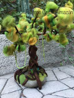 Árbol de la vida tridimensional en fieltro agujado Talleres todos los jueves y sábados!!!💕