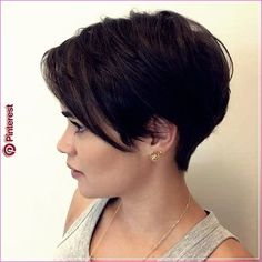 Pixie Hairstyles for the Best View. Pixie hairstyles have been mainstream among ladies for a long time. This a la mode haircut with a short name Short Thin Hair, Short Hairstyles For Thick Hair, Short Hair Cuts, Pixie Cuts, Short Hair Long Bangs, Pixie Cut With Bangs, Pixie Hairstyles, Short Pixie Haircuts, Wedding Hairstyles