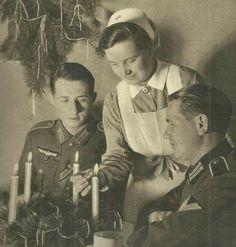 Deutsches Rotes Kreuz Christmas