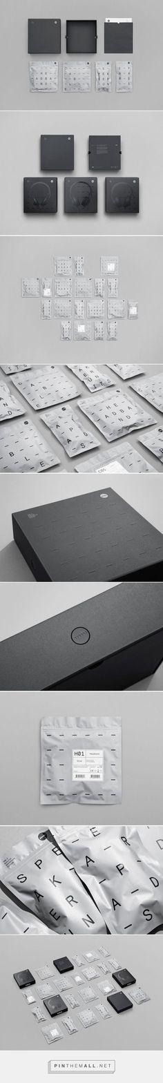 TMA-2 Modular Headphones Packaging System designed by Kilo Design (Denmark) -…