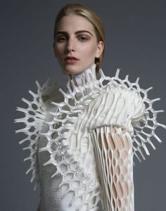 Seeking the Ethereal: Thom Browne Editorial (S/S - StyleZeitgeist - Artistic Fashion – dress detail with intricate cut outs; sculptural fashion // Thom Browne S/S - 3d Fashion, Fashion Details, Editorial Fashion, Fashion Design, Space Fashion, Runway Fashion, Artist Fashion, Origami Fashion, Fashion Rings