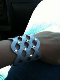 LED cuff bracelet. #diy #etextiles