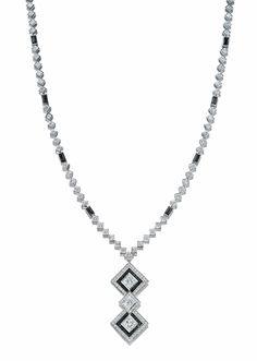 Collection Masterpiece de Tiffany Collier Art Déco diamants onyx noir et blanc haute joaillerie  Place Vendôme http://www.vogue.fr/joaillerie/a-voir/diaporama/16-bijoux-des-collections-haute-joaillerie-juillet-2015-de-la-place-vendme/21484#collection-masterpiece-de-tiffany