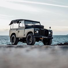 The original Land Rover, as seen here in Series 3 form, was designed and built for utility alone. Take a closer look at this fine example now on the OPUMO Magazine.