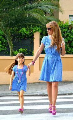 LOL I am so going to do this to my daughter when I'm older! #MatchingMomAndDaughter