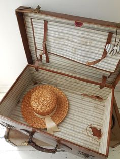 Sweet vintage suitcase for sale at www.lavenderhousevintage.co.uk ...