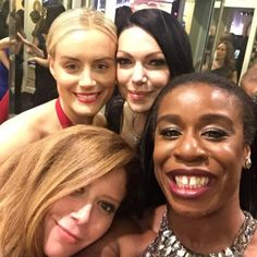 Prison pals: Orange Is The New Black co-stars Laura Prepon, Natasha Lyonne, Uzo Aduba and Taylor Schilling took a group selfie Natasha Lyonne, Golden Globe Awards 2015, Golden Globes, Oitnb Cast, Taylor Schilling Laura Prepon, Uzo Aduba, Alex And Piper, Alex Vause, Orange Is The New Black