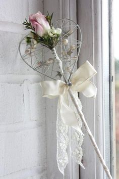 Lovely idea for a vintage wedding!