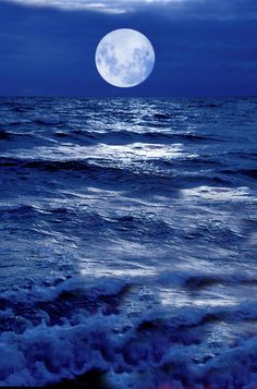 Moonlight Over The Ocean by Christian Lagereek is part of Moonlight Moonlight Over The Ocean is a photograph by Christian Lagereek which was uploaded on January 2013 The photograph may be pu - Moon Photos, Moon Pictures, Nature Pictures, Beautiful Pictures, Mystic Moon, Shoot The Moon, Moon Shadow, Midnight Sky, Moon Photography