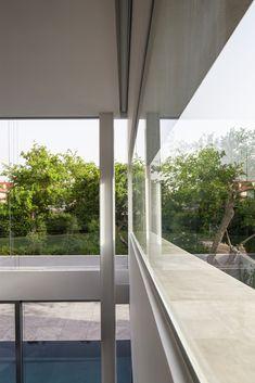 Galeria de Um Corte Concreto / Pitsou Kedem Architects - 51