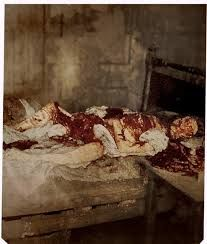 Colorized crime scene photo of Mary Jane Kelly, widely believed to be the and final victim of Jack the Ripper Paranormal, Mary Jane Kelly, Seize Ans, Famous Murders, Jeffrey Dahmer, Post Mortem Photography, Historical Pictures, Serial Killers, True Crime