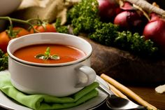 Polish cuisine - excellent symbosis of taste and history Soup Recipes, Diet Recipes, Healthy Recipes, Healthy Soups, Sour Soup, Thing 1, Soup And Salad, Soups And Stews, Brunch