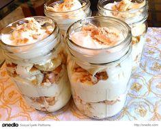 Yumuşacık krema ve içinde bebe bisküvisi ile mis gibi bir tatlı: Manolya Puding