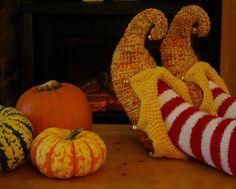 crochet wool slipper socks pixie elf jester by nettimadeit on Etsy, $28.00