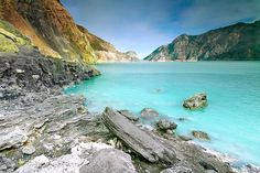 The Kawah Ijen Lake in Indonesia is the world's largest sulfuric acid lake and has a pH value of Beautiful Sites, Beautiful World, Beautiful Places, Crater Lake, Landscape Photographers, Vacation Spots, The Great Outdoors, Places To See, Jakarta