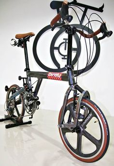 The Birdy Standard 9 Speed Aluminum Folding Bike With Front