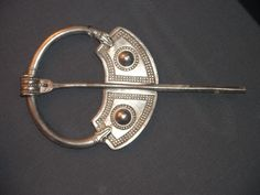 brooch - celtic word for fibulae - size means hierarchy