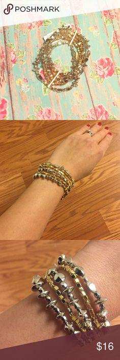 NEW YORK & COMPANY LOVELY SHINY BRACELET❤️ Lovely bracelet from New York & company, silver kinda bronze gold color simply elegant💕 New York & Company Jewelry Bracelets