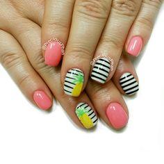 Pineapple nails. Black and white nails. #PreciousPhanNails