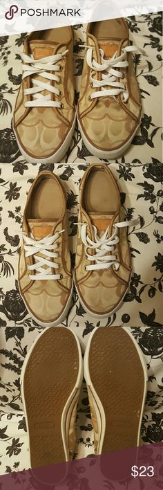 COACH Signature canvas Sneakers COACH Signature Boat Shoes size 8.5 Women's  Style DEE authentic.   light stain interior left shoe but NOT visible on outside  Clean condition and shape for previously owned Coach footwear.   Decent shape Coach Shoes Flats & Loafers