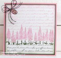 Hallo allemaal,     Laat jullie nog maar wat stempelkaartjes zien die ik heb gemaakt met de bloemenstempels   van Marianne design.       ...