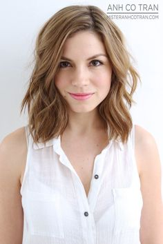 chic mob hairstyle for shoulder length hair