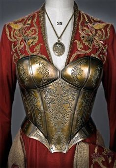 Really good contrast between the queenly robes and armor, shows Cersei's (Game of Thrones) growing insecurity. She hardly shows it through her words but her clothing speaks for itself! Got Costumes, Movie Costumes, Cosplay Costumes, Costume Armour, Armadura Medieval, Ex Machina, Emblem, Medieval Clothing, Victorian Dresses