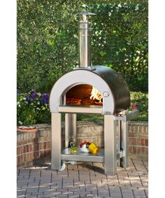 With no curing needed, you can cook anything in your Alfa pizza oven that you would normally cook in your kitchen oven including roasts, vegetables, potatoes and desserts! - Alfa Forno 5 Minuti Wood Burning Pizza Oven On Cart - Copper : BBQ Guys Wood Oven, Wood Fired Oven, Wood Fired Pizza, Wood Pizza, Best Outdoor Pizza Oven, Outdoor Oven, Outdoor Cooking, Stoves For Sale, Wood Burning Oven