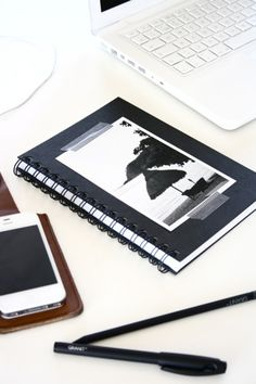 Idea for a guestbook - use a notebook with a pretty picture :) Keep it simple! Creative Jobs, Creative Design, One Sweet Day, Office Bar, Study Space, Web Inspiration, Pretty Pictures, Interior Styling, Lily