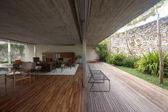 House in São Paulo| Marcio Kogan | #brazilian_architecture #inside_outside