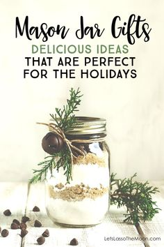 7 Mason Jar Gifts are perfect for DIY gifts to make for Christmas or Holiday season! #DIYChristmasGifts
