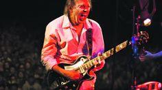 """Crítica a """"A Letter Home"""" de Neil Young. Neil não falha, em nenhum tempo"""