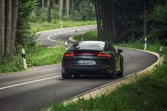 V8-engined Porsche Panamera S E-Hybrid could deliver supercar...