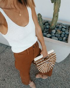 Madewell wide leg cropped pants, knit tank and Cult Gaia bag. I've partnered with Nordstrom and ShopStyle to share about the Spring Sale going on, woot woot! I shopped around this morning and there are seriously so many good styles on… Look Fashion, Trendy Fashion, Fashion Outfits, Fashion Clothes, Fashion Ideas, Spring Summer Fashion, Winter Fashion, Cooler Stil, Cool Style