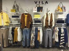 Nueva colección, pared de amarillos, grises y azul Bycos Born #vilaclotheS #visualmerchandiser