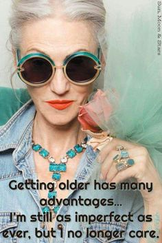 What I want to look like when I get older, aging stylishly and gracefully. LINDA RODIN - Advanced Style for Karen Walker. Manequin, Karen Walker Sunglasses, Advanced Style, Ageless Beauty, Rodin, Getting Old, Old Women, Look Fashion, At Least