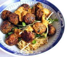 VeganMisjonen: Quinoaboller thai style Spicy Recipes, Asian Recipes, Vegetarian Recipes, Cooking Recipes, Healthy Recipes, Vegan Vegetarian, Healthy Breakfasts, Vegan Food, Healthy Foods