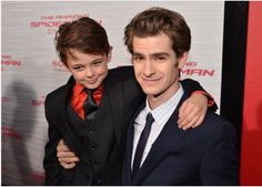 """Andrew Garfield Photos - Actors Max Charles (L) and Andrew Garfield arrive at the premiere of Columbia Pictures' """"The Amazing Spider-Man"""" at the Regency Village Theatre on June 2012 in Westwood, California. - Andrew Garfield Photos - 2903 of 4579 Celebrity Couples, Celebrity News, Max Charles, Andrew Garfield, Amazing Spiderman, Spiderman 3, Columbia Pictures, Celebs, Celebrities"""