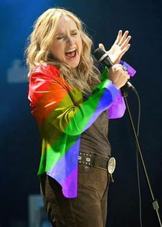 Melissa Etheridge--such a great performer