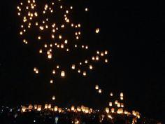 A Thousand Lampion Tri Suci Waisak, Borobudur, Indonesia