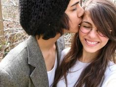 avan jogia and victoria justice from victorious. they are the best bff couple i have ever seen. Avan Jogia, Victoria Justice, Tori And Beck, Icarly And Victorious, We Heart It, Summer Romance, Wattpad, Together Forever, Celebrity Couples