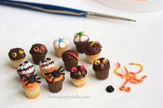 Cupcakes mostruosi Simplystella's Sketchbook: Halloween Treats #2 (WIP)