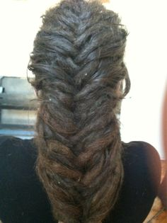 Fishtail dreads - I need to learn how to do this.
