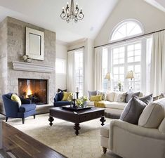 How To Dress Awkward Windows + Where To Shop For Readymade Options - Emily Henderson Comfortable Living Rooms, Formal Living Rooms, My Living Room, Home And Living, Home And Family, Southern Living Rooms, English Living Rooms, Living Room Furniture Layout, Living Room Designs