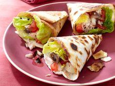 Avec les lectrices reporter de Femme Actuelle, découvrez les recettes de cuisine des internautes : Tacos façon pain bagnat