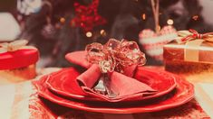Faça você mesmo: decoração de mesa de Natal com KitchenAid