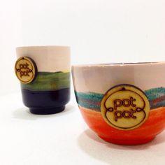 Mientras preparo el nuevo brochure les recuerdo que en @jardinelcamoruco @lamaniceria @taparatienda @checheresmcbo @disenia_co E @hibridotienda están disponibles piezas únicas! Ya que las nuevas tendrán un detalle distinto ☺️ #lohechoamanomeencanta #slipcast #clay #pottery #ceramics #ceramica #arcilla Foto: @hibridotienda